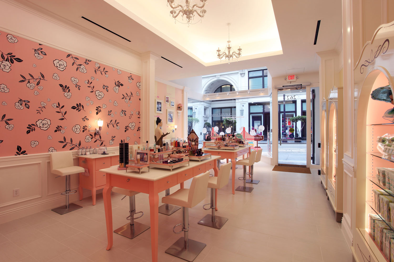 benefit-cosmetics-main-room-2_1000px