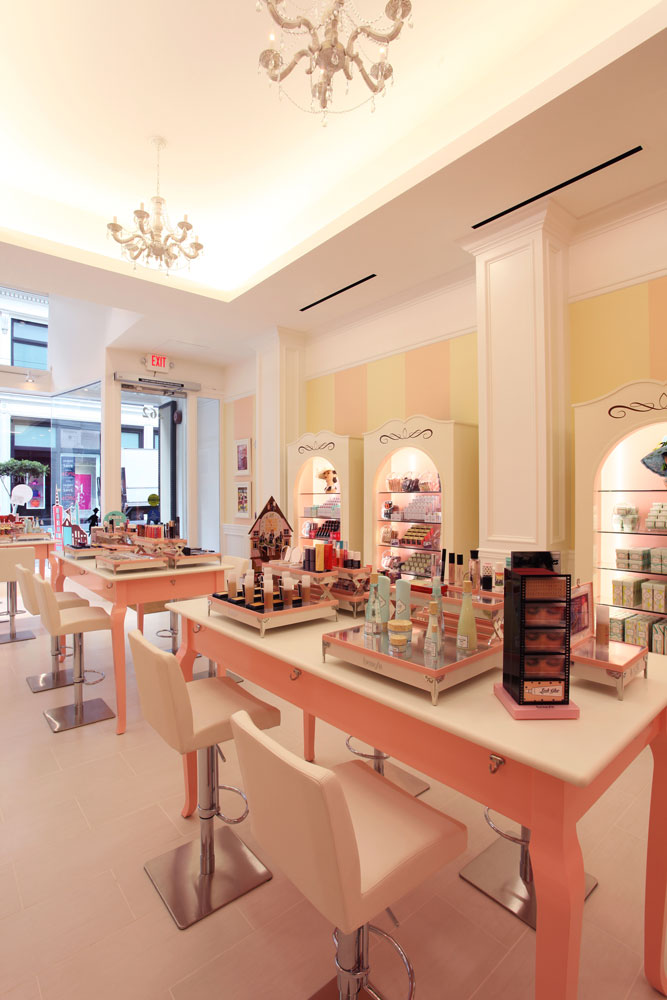 benefit-cosmetics-main-room-4_1000px