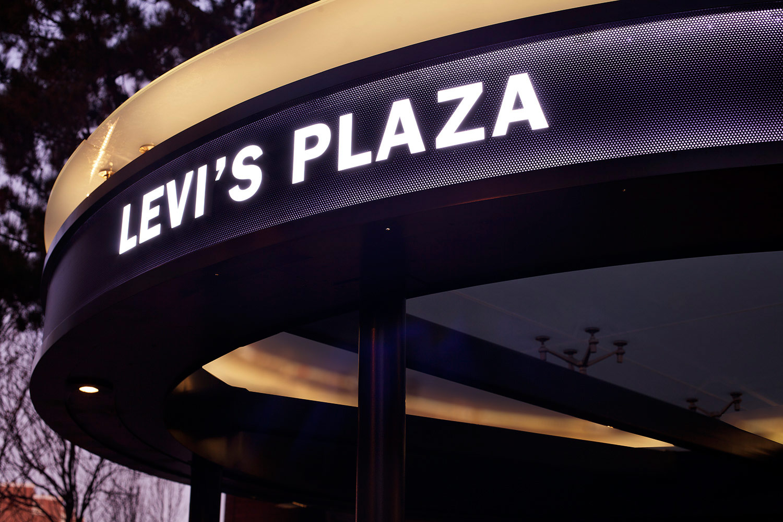 levi's-plaza_1000px