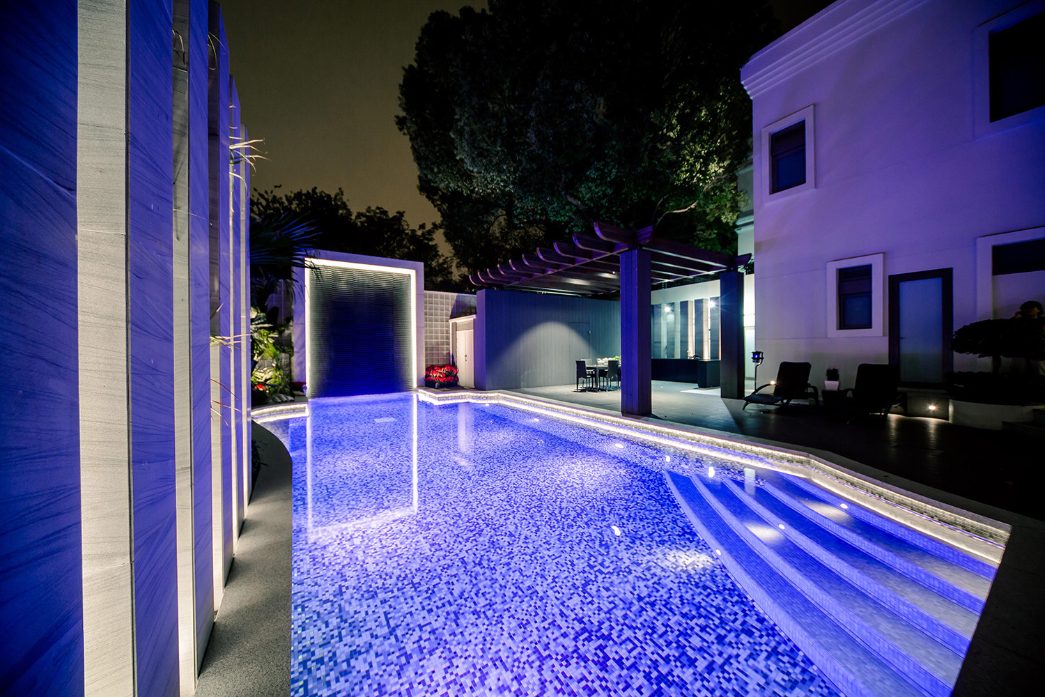 Luxury Pool Lighting Elemental Led